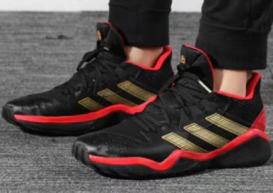 科比11代:adidas Harden Stepback Black/Gold/Red 黑金红!货号:EH1943